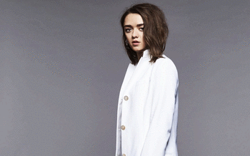 Maisie Williams screenshot 13