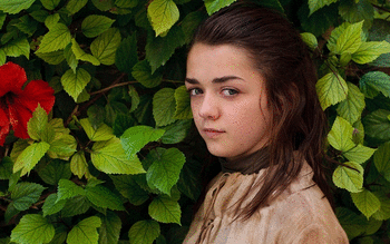 Maisie Williams screenshot 8