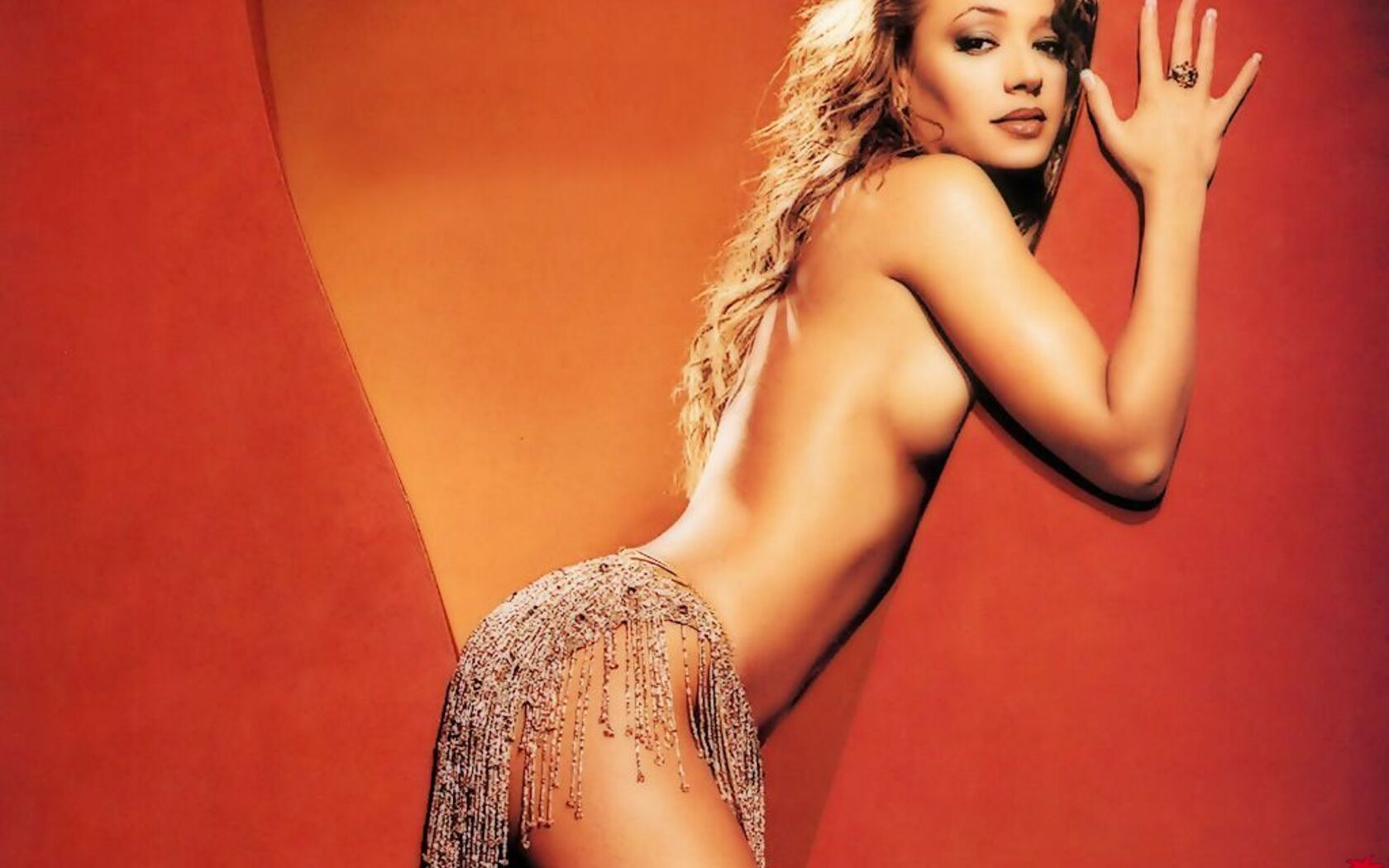 sexy-photos-of-leah-remini-symtoms-of-a-sliping-tranny