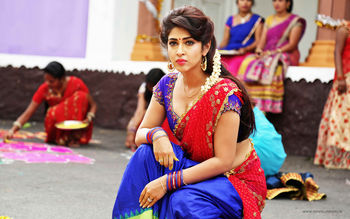 Sonarika Bhadoria in Saree screenshot